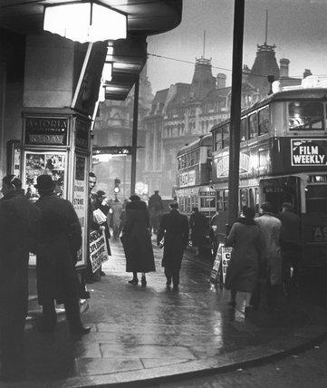 Charing Cross Road, St. Giles Circus c. 1935