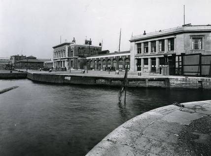 Brunswick Wharf, East India Dock: 1920