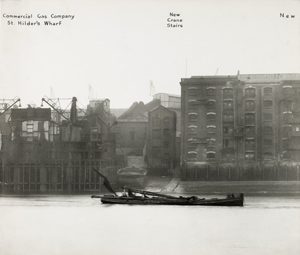 Thames Riverscape showing Commercial Gas Company, St. Hilder's Wharf and New Crane Stairs: 1937