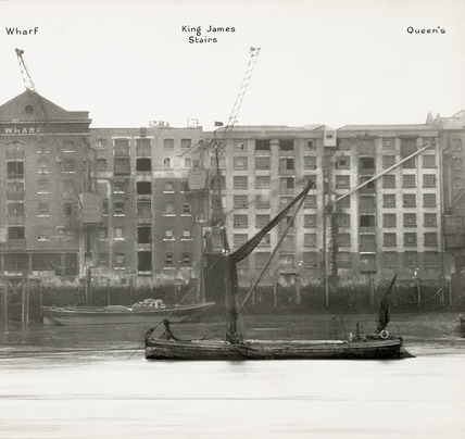 Thames Riverscape showing Metropolitan Wharf, King James Stairs and Queen's Wharf: 1937