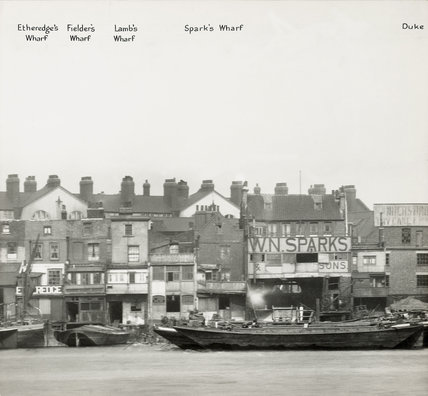 Thames Riverscape showing Etheredge's Wharf,  Fielder's Wharf, Lamb's Wharf and Spark's Wharf: 1937