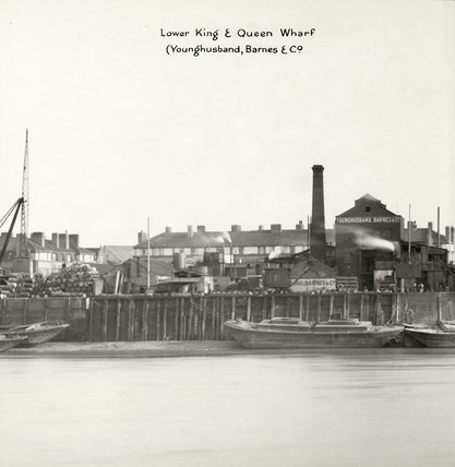Thames Riverscape showing Lower King and Queen Wharf : 1937