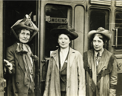 Emmeline Pankhurst leaves for America: 1911