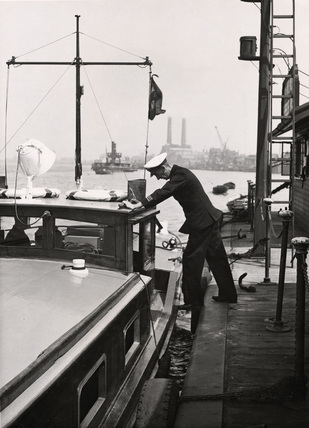 Harbour Master Woolwich pier: 1950
