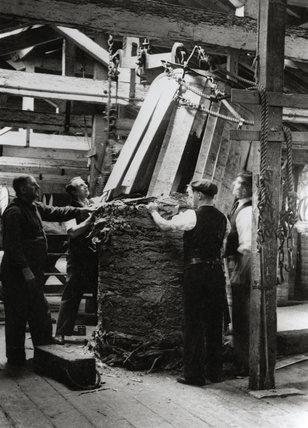 Tobacco at Royal Victoria Dock: 1930