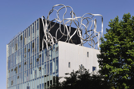 Sculpture on the top of Goldsmiths College: 2009