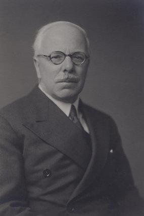Arthur James Ewins
