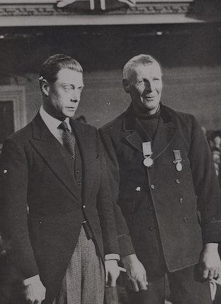 Prince Edward, Duke of Windsor (King Edward VIII); Henry George Blogg