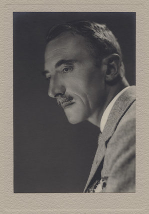 Dornford Yates (Cecil William Mercer)