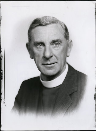 Leslie George Mannering