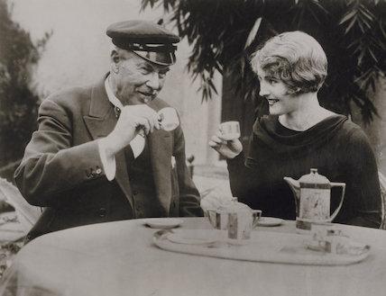 Sir Thomas Johnstone Lipton, 1st Bt; Lois Moran