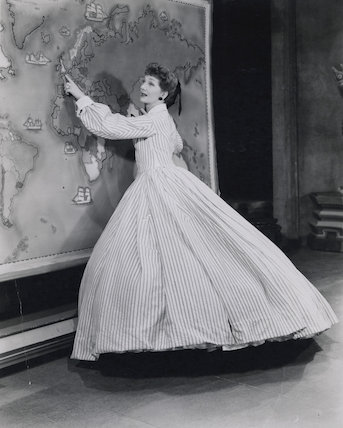 Gertrude Lawrence as Anna in 'The King and I'