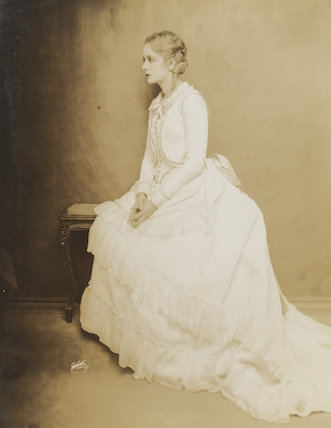 Evelyn Laye as Sarah in 'Bitter Sweet'