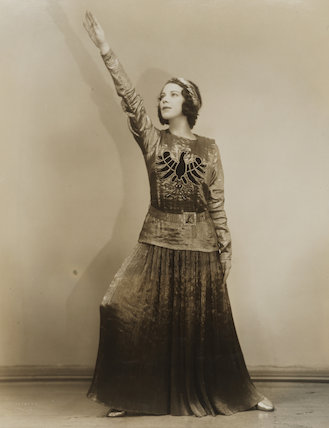 Tilly Losch in 'The Band Wagon'