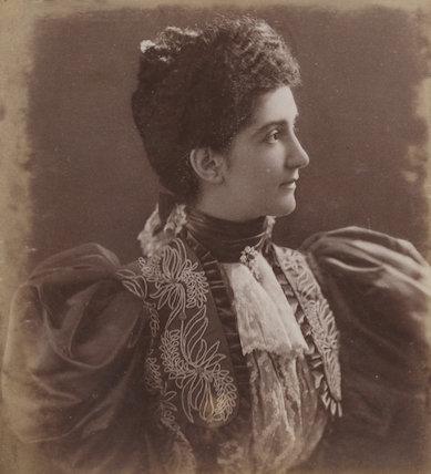 Elena, Queen of Italy
