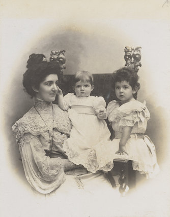Elena, Queen of Italy; Princess Mafalda of Savoy; Princess Yolanda of Savoy