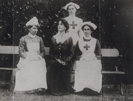 Helena Violet Alice (née Fraser), Countess of Stradbroke