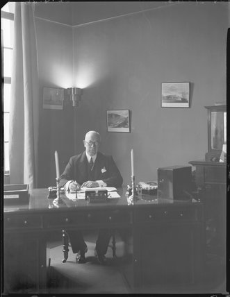 Sir Edward Wilshaw