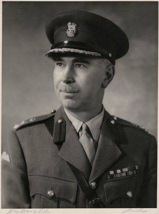 Ian Hallam Lyall Grant
