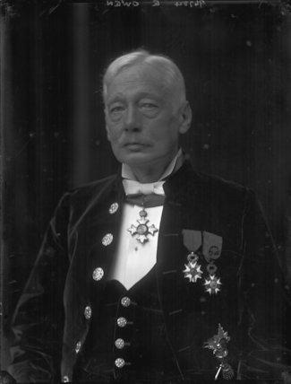 Sir Douglas Owen