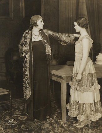 Constance Collier as Anastasi and Jessica Tandy as Toni Rakonitz in 'The Matriarch'