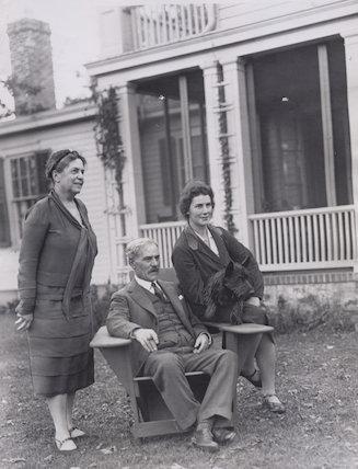Lillian Ward; Ramsay MacDonald; Ishbel Allan MacDonald (Mrs Ridgley, later Peterkin)