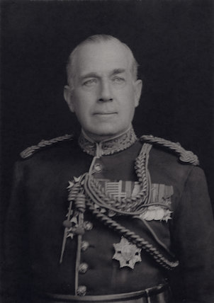 Sir (Henry) Cecil Lowther