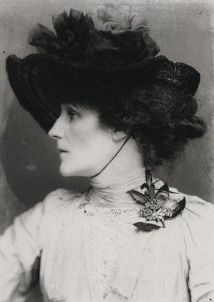 (Marion Margaret) Violet Manners (née Lindsay), Duchess of Rutland