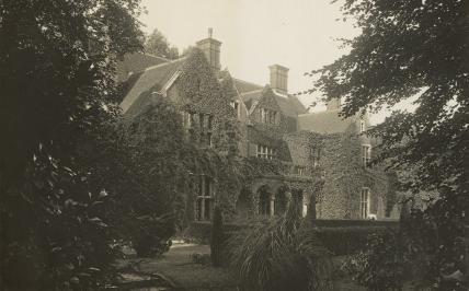Leckhampton House