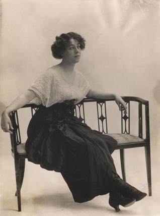 Maud Andrew as Susan in 'Grumpy'