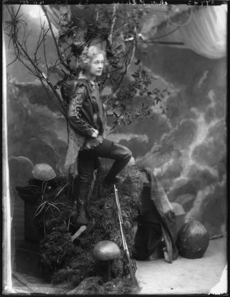 Pauline Chase as Peter Pan in 'Peter Pan'
