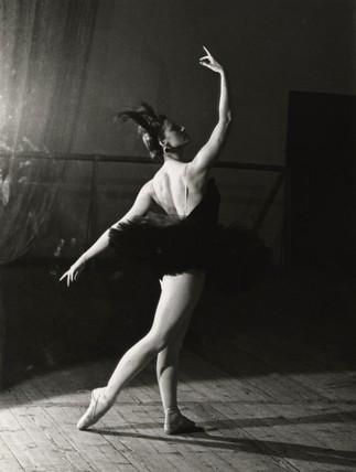 Maya Plisetskaya as Odile in 'Swan Lake' by Ida Kar at Art ...