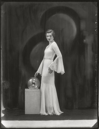 Hon. Janet (Gladys) Kidd (née Aitken)