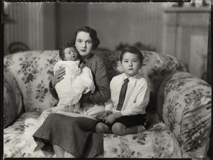 Caroline Ismay Maud Sale; Hon. Ismay Hilda Margaret Sale (née Fitzroy); Charles Richard Walter Sale