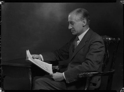 Edward Hutton