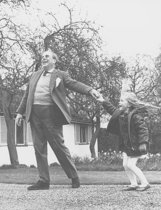 Robert Morley and an unknown girl