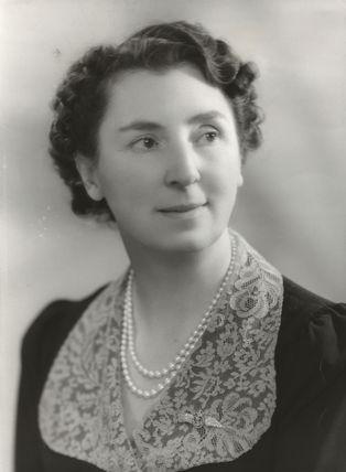 Freda Dorothy (née Volland), Lady Wilkinson