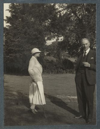 Dorothy Violet Wellesley (née Ashton), Duchess of Wellington; Philip Edward Morrell