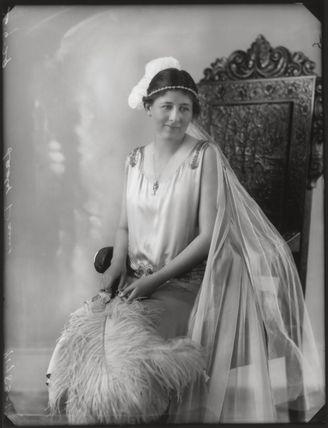 (Constance) Margaret Isabel (née Evans), Lady Davies
