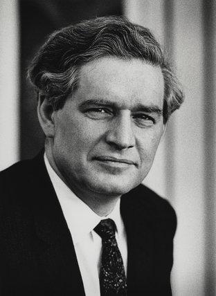 Edmund Dell