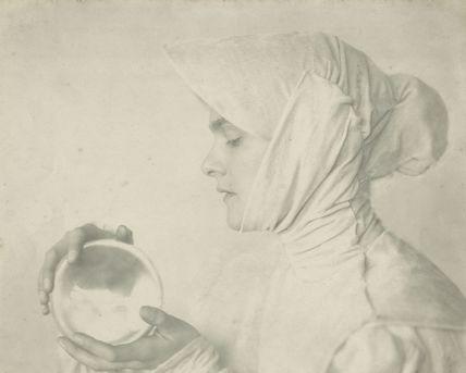 Concordia Merrel (Mary Phyllis Joan Morton (née Logan)) as Isabella