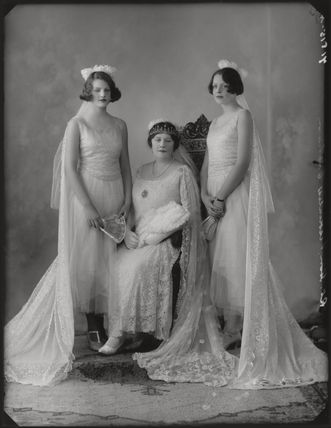 Viscountess Cobham with her daughters