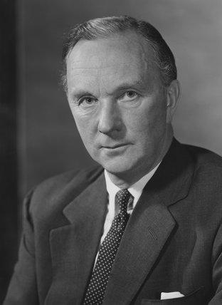 Peter Cazalet