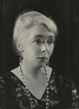 Agnes Mure MacKenzie
