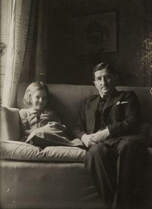 Pauline Lucie Samuelson (née Mayer); Sir Robert Mayer