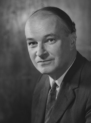 Robert Andrew ('Robin') Inskip, 2nd Viscount Caldecote
