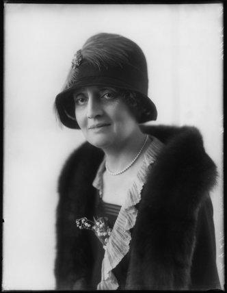 Mabel Valentine (née Grainger), Lady Clayton