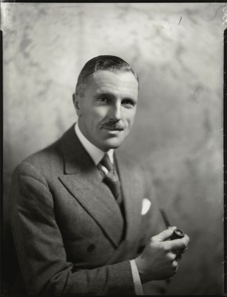 Sir (Harold) Gengoult Smith