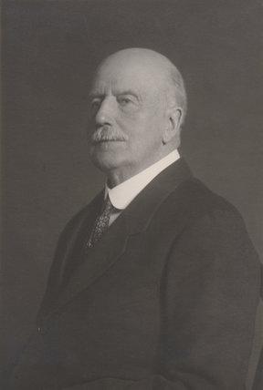 Hugo Richard Charteris, 11th Earl of Wemyss