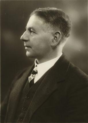 Sir Walter James Womersley, 1st Bt